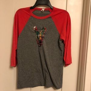 Canvas S baseball style gray and red tee